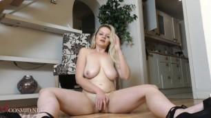 Blonde teasing pussy Laura Cosmid