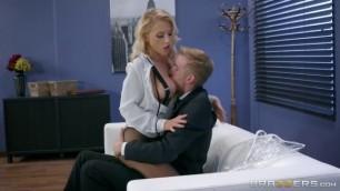 Big Boobs cum mouth ebony Sexy Blonde Alix Lynx in HD Office Porn