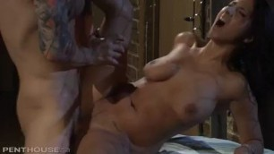 Penthouse Evi Fox In Alley Bang