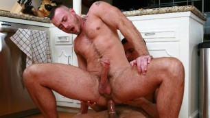 Men - The Straight To Gay Show 3 Jessie Colter And Phenix Saint Fucks On The Kitchen