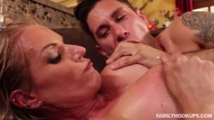 Familyhookups Rachael Cavalli Stepmothers Forbidden Love Perfect Sexy Butt