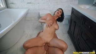 Insanely sexy La Sirena Catch Me If You Cam SneakySex RealityKings