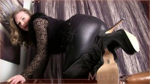 Mistress T - Be my boot bitch