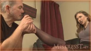 Mistress T - pantyhose sniffer porn 2