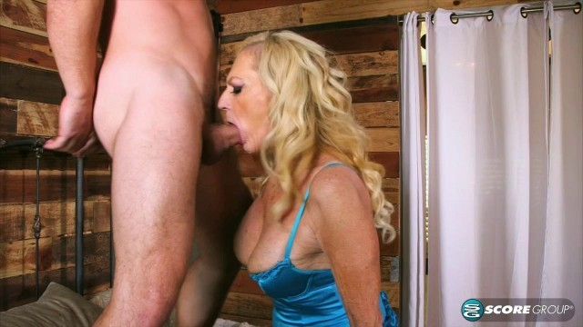 05 Layla Rose divorced granny mature milf - Story of a creampie