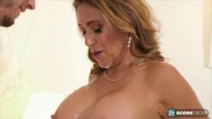 Melissa Johnson big tit Woman fucks PornMegaLoad