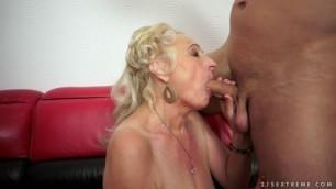 07 Sila & toyboy chubby mature granny BBW Hard on Sila