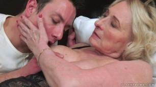 02 Sila & Rob chubby BBW granny abandon to Pleasure