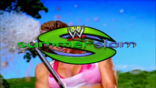 WWE Divas SummerSlam 2005 Car Wash Behind The Scenes (Bikinis)