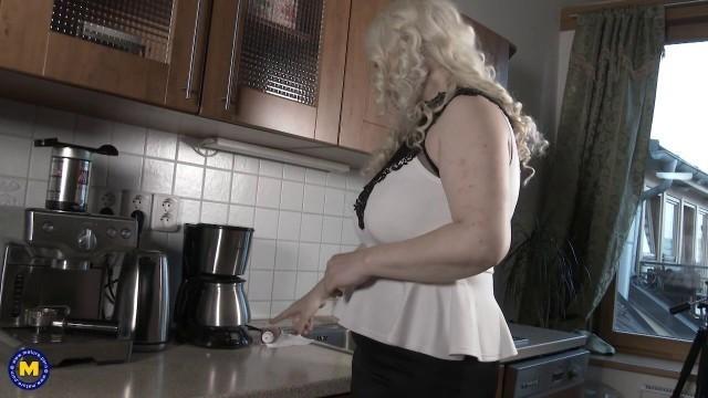 MatureNL Alexa Bold big booty homemade porn