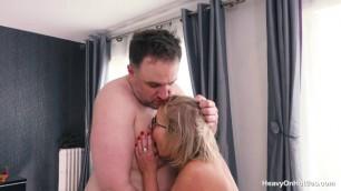 hotties cintya aston old spice she wants to suck his cock