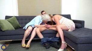 Norma aka Maria & Elizabeth & toyboy hairy granny threesome